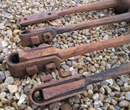 Image 2 - 4 Original Antique Cast Iron Bell Clangers / Clappers
