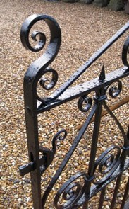 Image 1 - Victorian Antique Wrought Iron Garden Pedestrian Gate