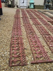 Image 2 - Large run of Cast Iron Reclaimed Antique Gothic Railings