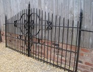 Image 7 - A Pair of Reclaimed Antique Wrought Iron Gates with hinges