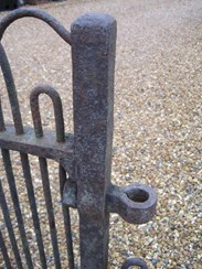 Image 5 - Antique Victorian Wrought Iron Single Estate Gate