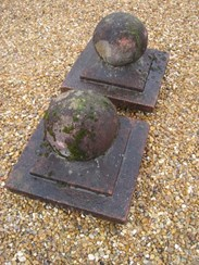 Image 4 - A pair of Weathered Stone Gate Pier Finials