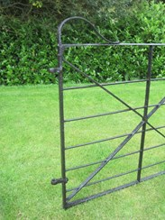Image 2 - Antique Reclaimed Wrought Iron Estate Gate
