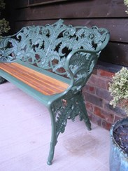 Image 5 - Coalbrookdale Fern and Blackberry Pattern Garden Bench