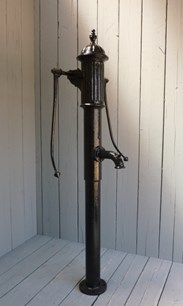 Image 1 - Antique Cast Iron Two Handled Water Pump