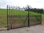 Image 7 - Pair of Excellent Large Antique Reclaimed Gates