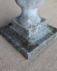 Image 2 - Vintage Reconstituted Stone Sundial