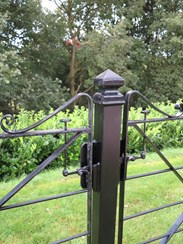 Showing the gate slam strip<br>Showing the latch which is designed to be used whilst sat on a horse