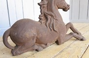 Showing the high quality casting of the Victorian cast iron unicorn doorstop