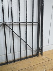 Image 5 - Victorian Coalbrookdale Wrought Iron Pedestrian Gate