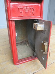 Image 3 - Post Office Royal Mail Arch Back Post Box