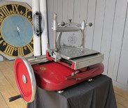 Image 3 - Berkel and Parnalls Bacon or Meat Slicer