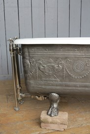 UKAA buy and sell antique cast iron baths