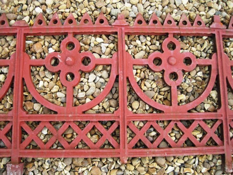 Large run of Cast Iron Reclaimed Antique Gothic Railings