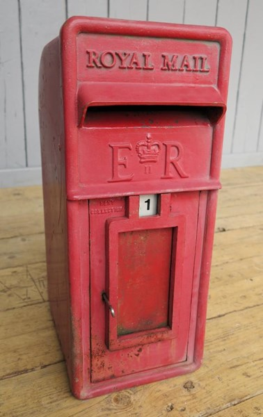 Primary Image - Royal Mail Post Box Arch Back