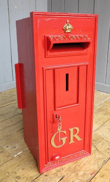Primary Image - Original Wall Mounted Cast Iron GR Post Box