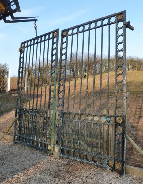 Primary Image - Large Pair of Antique Gates & Runners