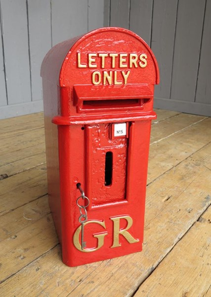 Primary Image - Original Pole Mounted Royal Mail GR Post Box