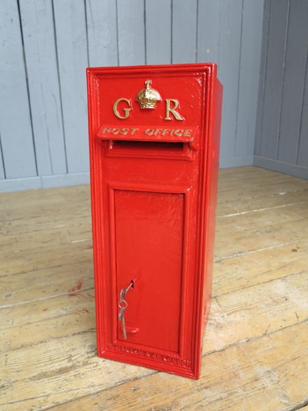 Primary Image - GR Wall Mounted Royal Mail Post Box With Back Door
