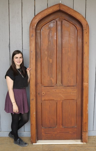 Reclaimed Antique Pitch Pine Gothic Arched Door & Frame
