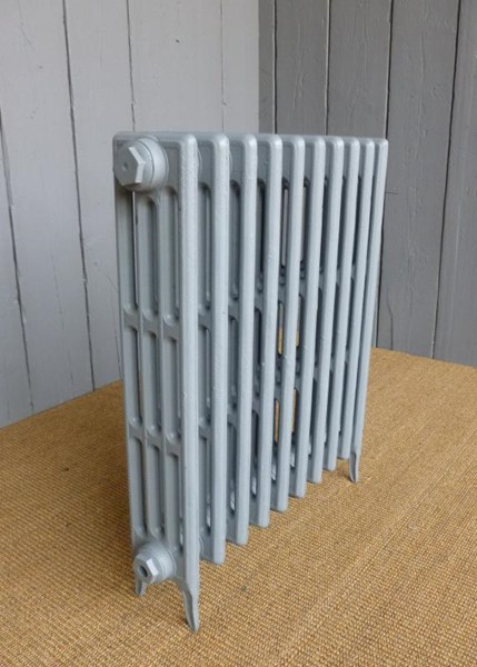 Carron Victorian 4 column cast iron Radiator - 10 Sections Long