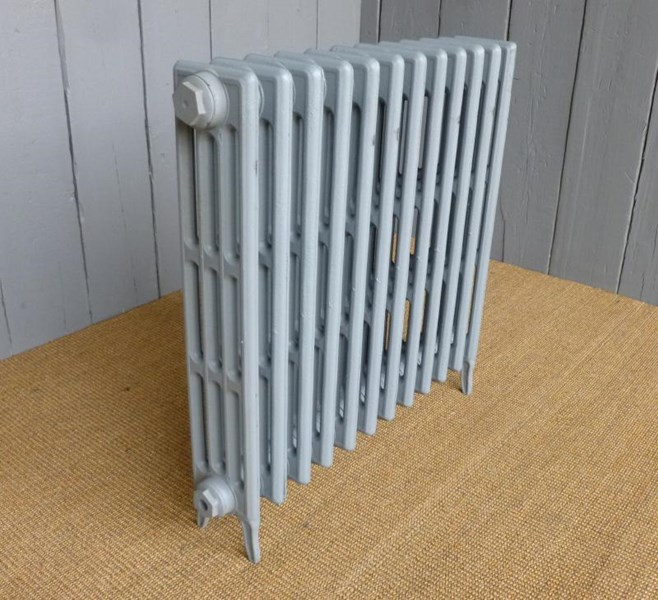 Carron Victorian 4 column cast iron radiator - 12 Sections Long