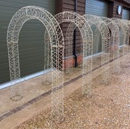 Metal Arch Way For Your Garden