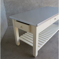 Natural Finish Zinc Top Table Suitable For Kitchen