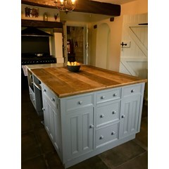 Reclaimed Floorboards Used As Worktop