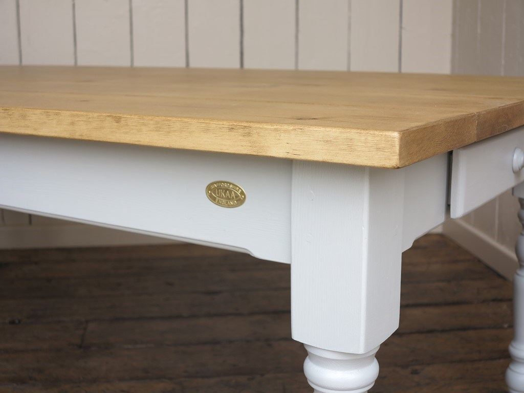 turned leg kitchen table handmade country kitchen style table