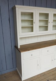 UKAA make bespoke kitchen dresser to your specifications