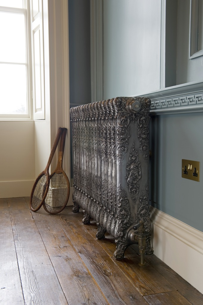 Cast Iron Cherub Radiator made by Carron and Sold Worldwide by UKAA