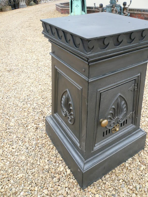Regency Antique Cast Iron Multifuel Wood or Coal Burner ,wood burner,coal burner,stove,antique fireplace,antique firebasket,ukaa,regency stoves with pedestal,antique wood burning stoves,victorian antiques,victorian cast iron stove