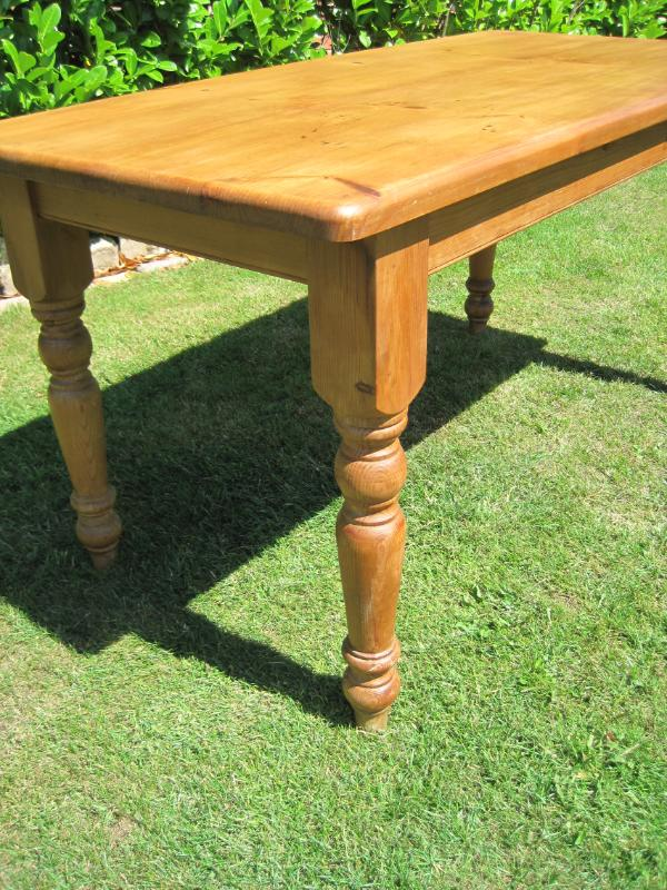 Antique Reclaimed Pine Dining Turned Leg Table 4841 : 31323 from ukaa.com size 600 x 800 jpeg 131kB