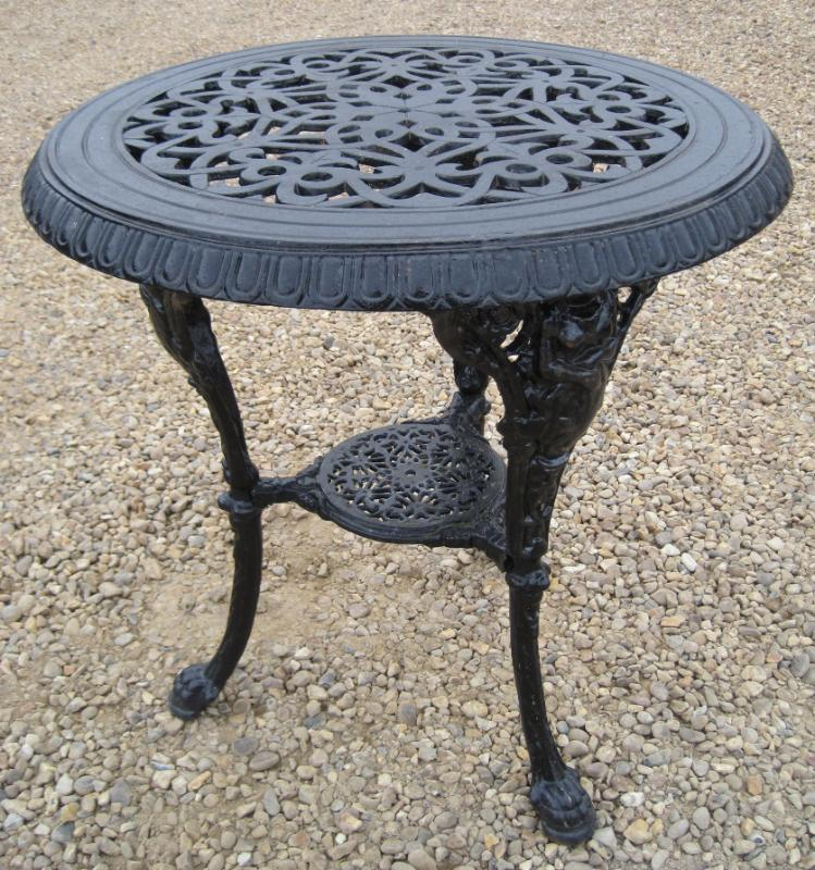 A Vintage Reclaimed Cast Iron Garden Round Table 4967