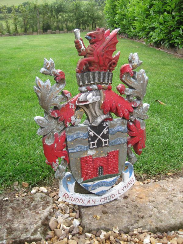 Original Cast Metal Welsh Coat Of Arms,antiques,architectural,ukaa,coat,of,arms,royal,welsh,cast,metal,uk,for sale,shop,online,buy,sell,reclamation,yard,salvage,salvaged,cannock wood,