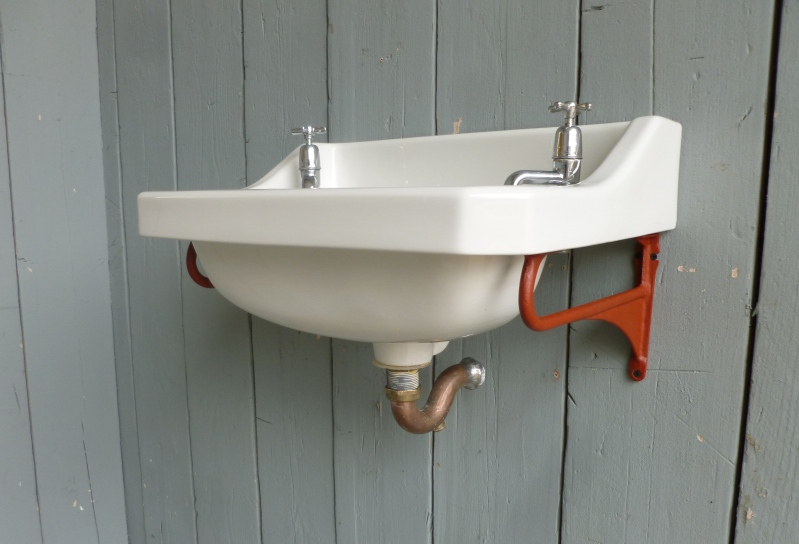 Art Deco Bathroom Sink with Brackets, Taps and Waste