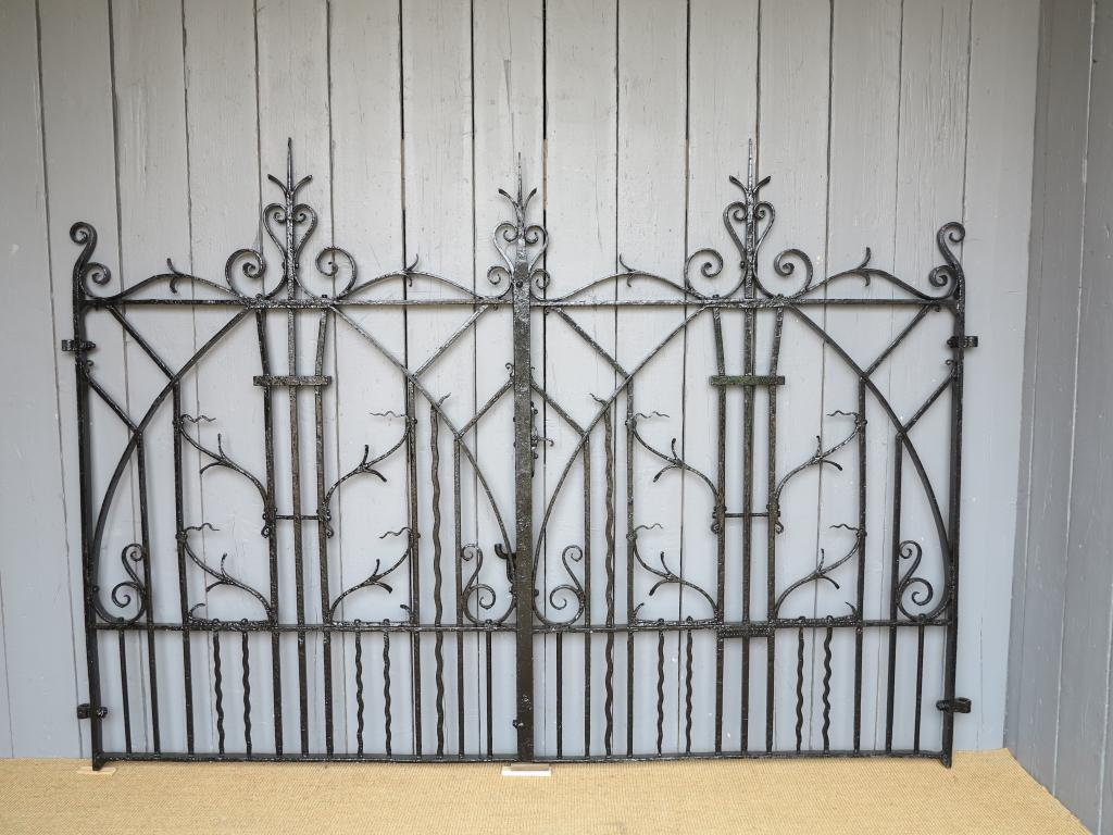 Traditional Victorian Driveway Gates Fully Refurbished and Available to Buy at UKAA