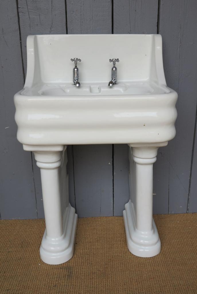 Wide Base Pedestal Sink : Stoves and Kitchen Ranges