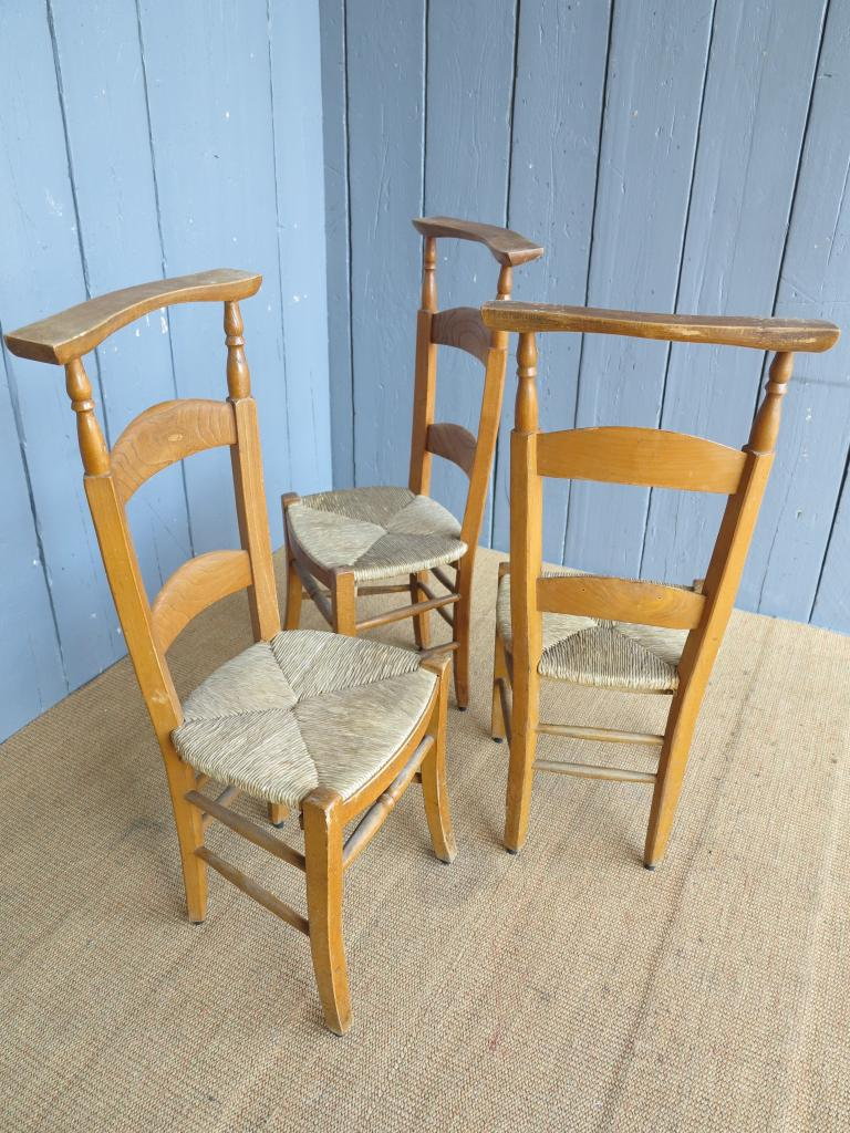 16 available reclaimed antique rush seated kitchen chairs for Used school furniture outlet