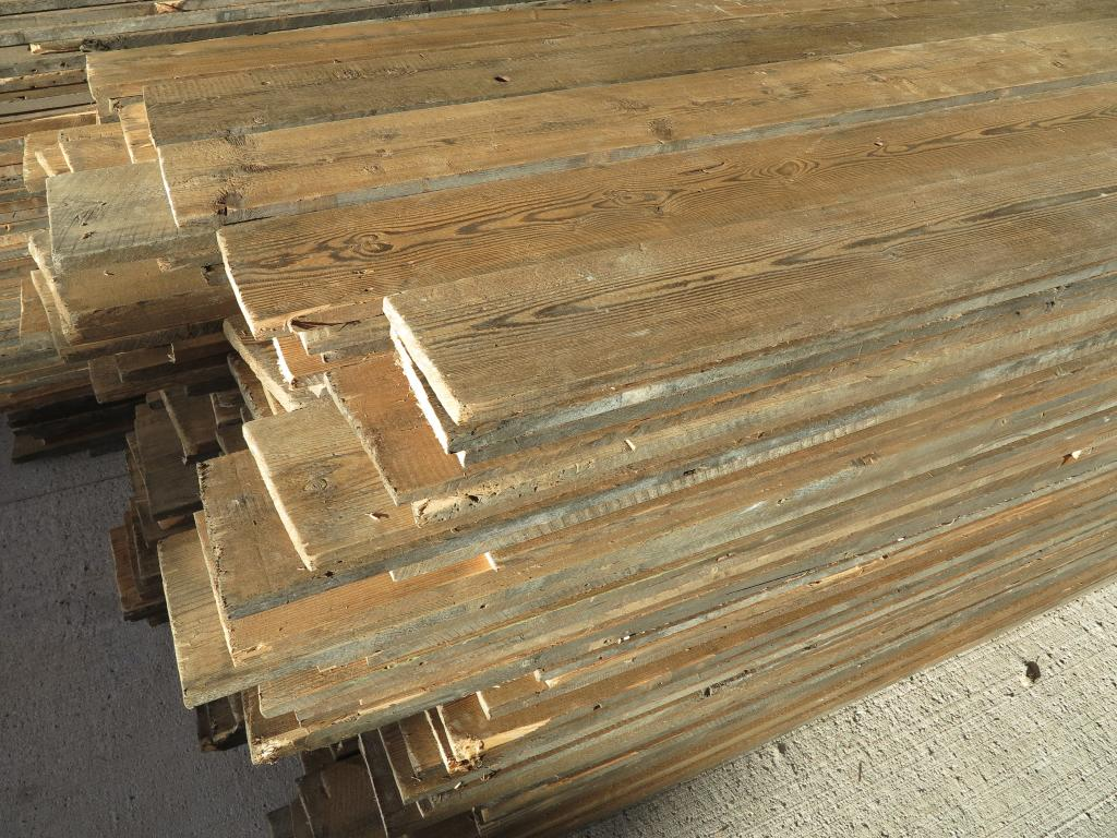 Antique Re Sawn Reclaimed Pine Wide Floorboards,floor,boards,floorboards,reclaimed,pine,flooring,salvaged,ukaa,uk,buy,sell,for sale,shop,online,reclamation,7113