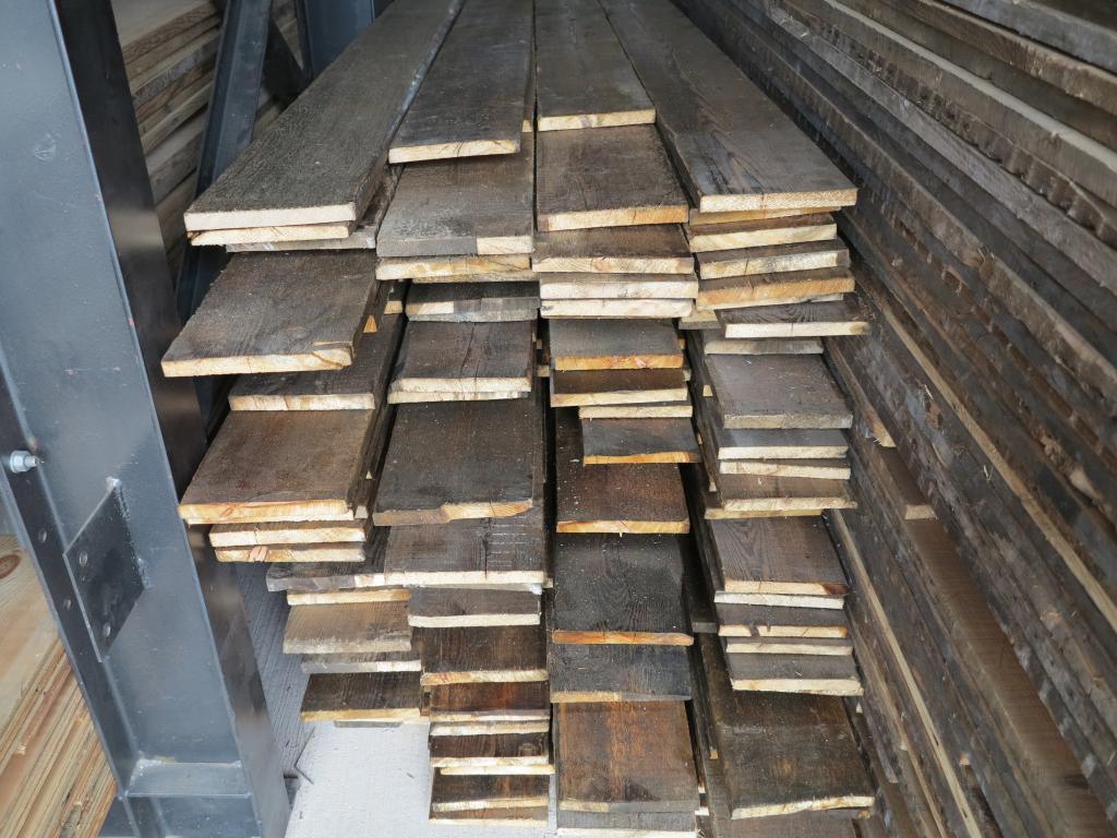 Re Sawn Antique Reclaimed Pine Floorboards 7 Wide Wood