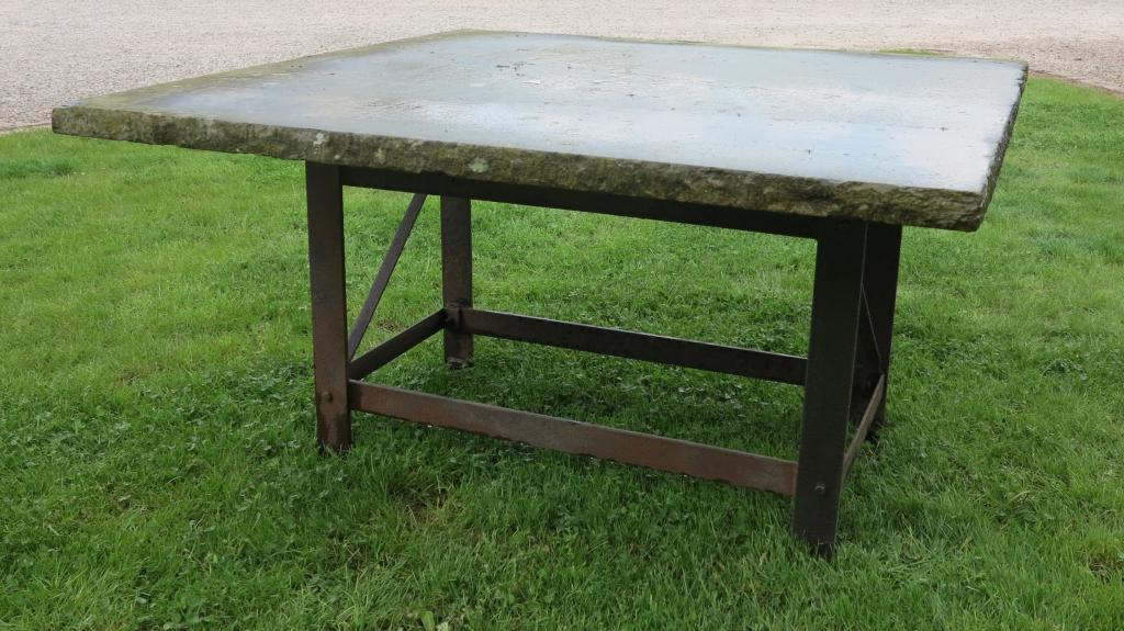 Antique york stone table top on cast iron base 7355 for Th 37px60b table top stand