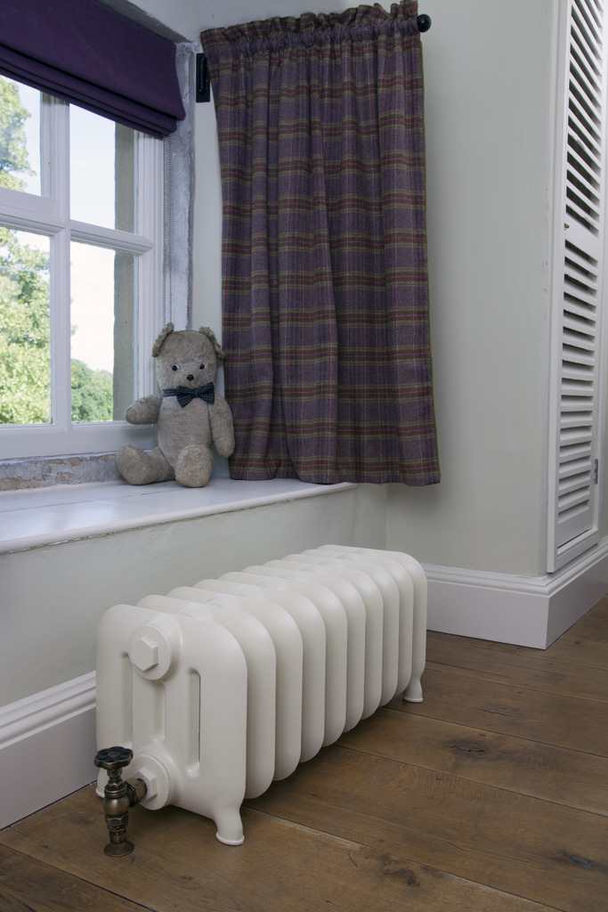 Cast Iron Duchess Radiators are made by Carron and Sold Worldwide by UKAA