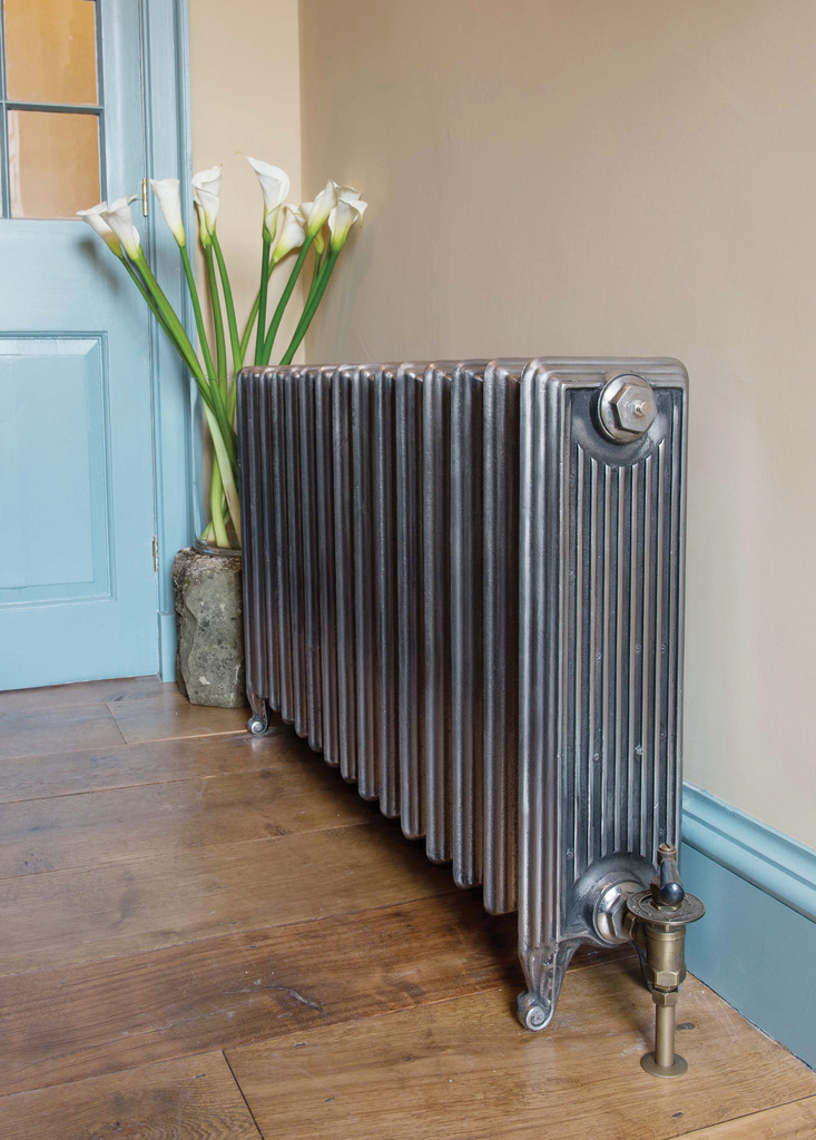 Large Churchill Style Cast Iron Radiator made by Carron and Sold Worldwide by UKAA