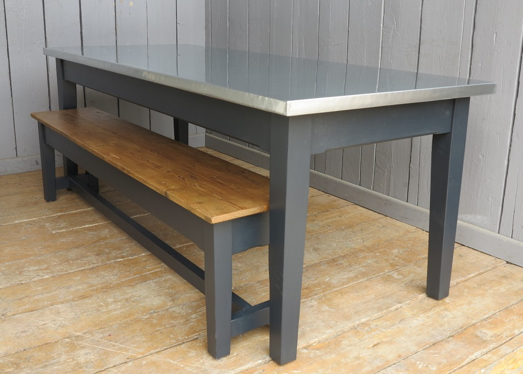 Traditional farmhouse style tapered leg tables British made in our workshops to your own dimensions