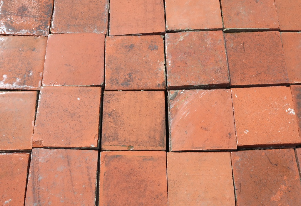 Antique Reclaimed Red Black Brindle Quarry Floor Tiles