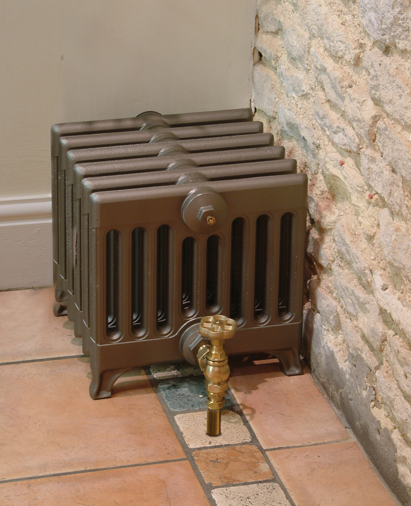 Cast Iron 9 Column Victorian 330mm Tall Radiator made by Carron and Sold Worldwide by UKAA