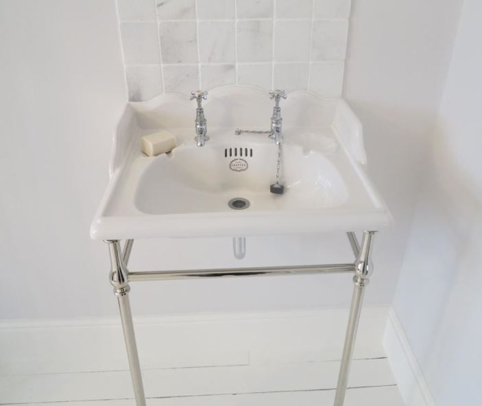 Thomas Crapper Washbasin set available in brass, chrome or nickel finishes from our shop