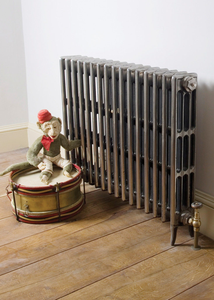 Hand Burnished Cast Iron 4 Column Victorian Radiator made by Carron and Sold Worldwide by UKAA